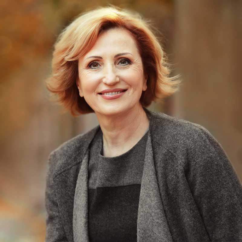 Bonnie Carlin